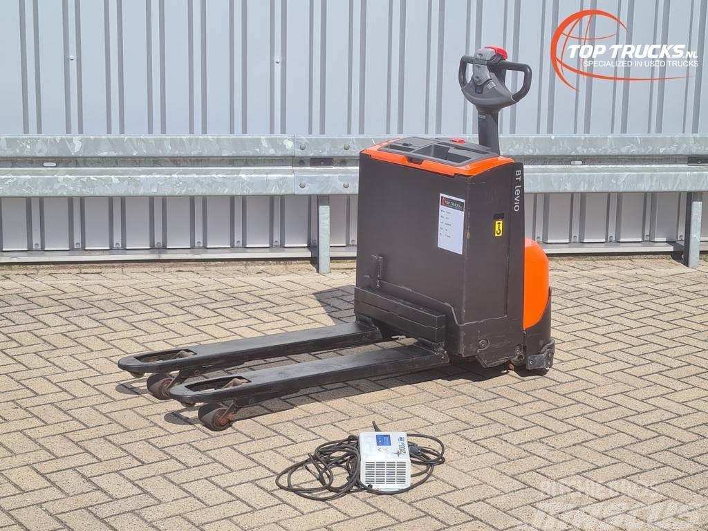 BT LWE 160 Meeloop stapelaar - Electro pallettruck -