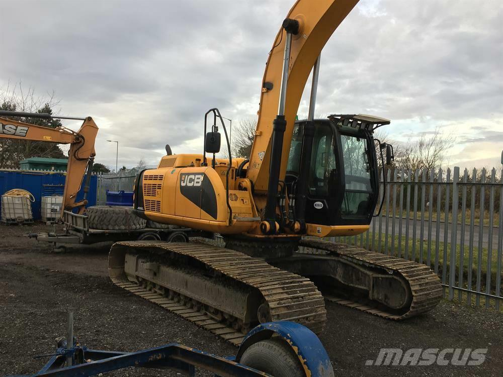JCB JS260LC Long Reach