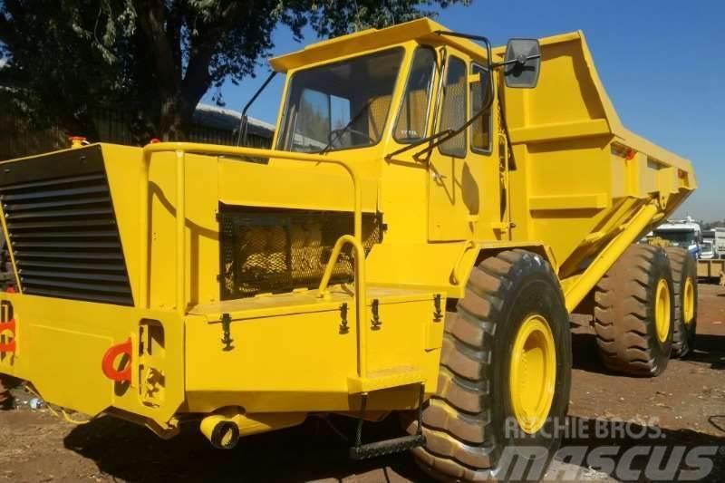 Bell B30B Dump Truck