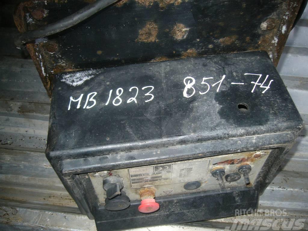 Mercedes-Benz ATEGO 1823 lifter control unit