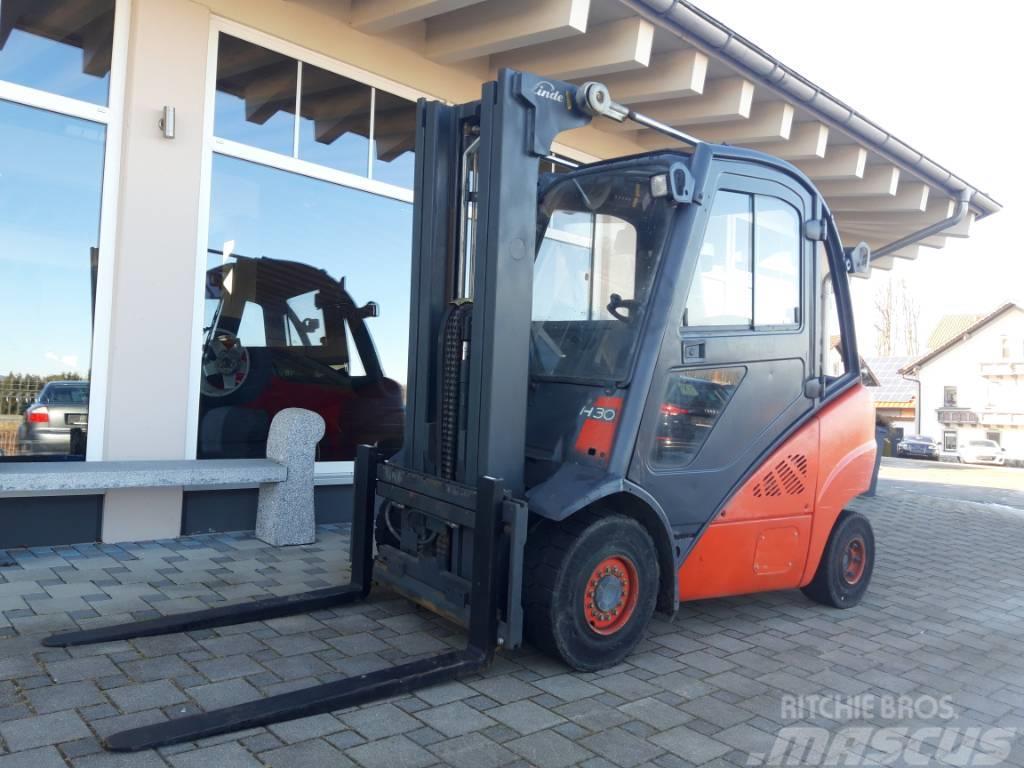 Linde H 30 Diesel Triplex