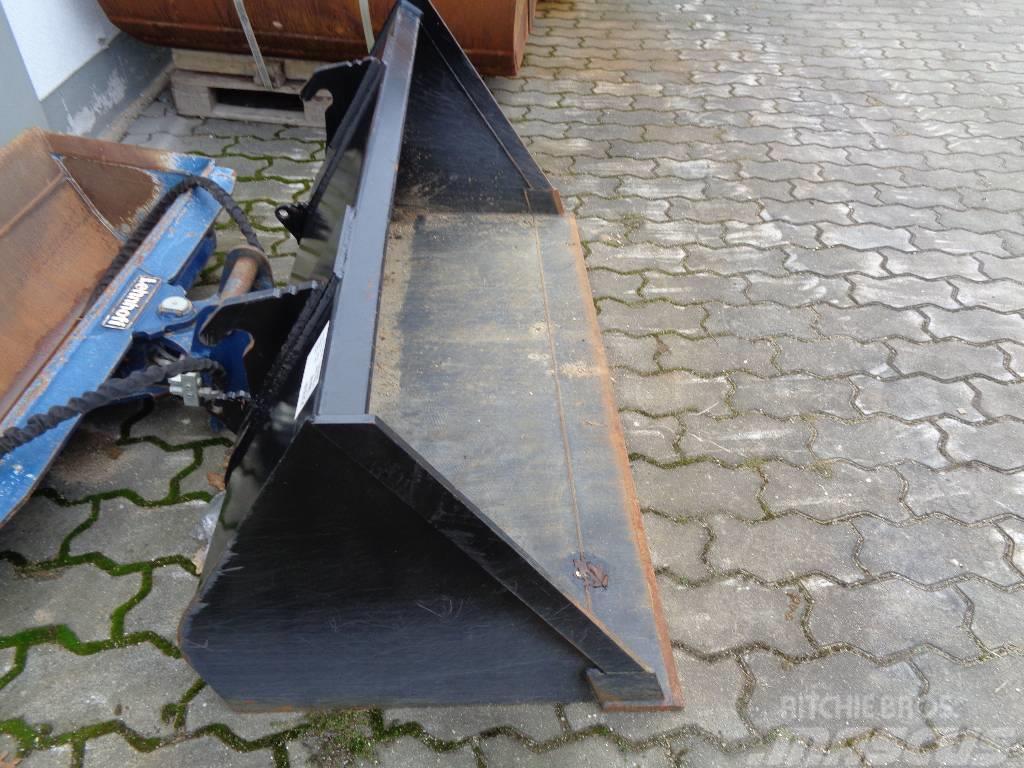 GiANT Erdbauschaufel 1750mm 630L SWE