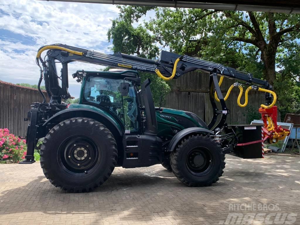 Valtra T 174 Harvester