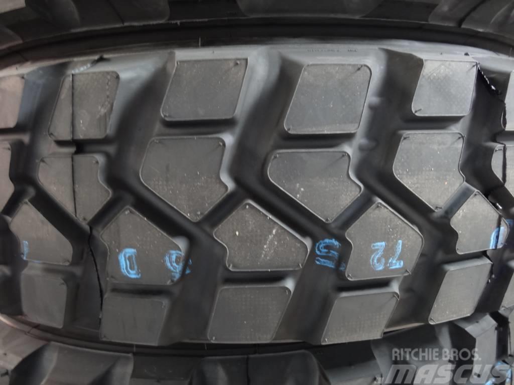 Pirelli 335/80R20   PS 22