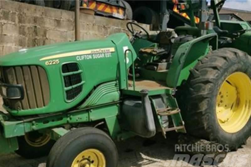 John Deere 2141 4x2 ADE 236 Turbo Tractor