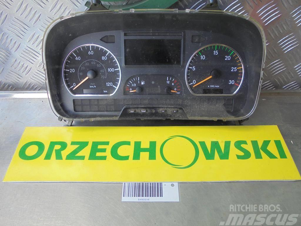 Mercedes-Benz Atego licznik, deska rodzielcza 0054462621