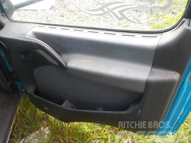 Mercedes-Benz Atego MPI Door panel 9737200470