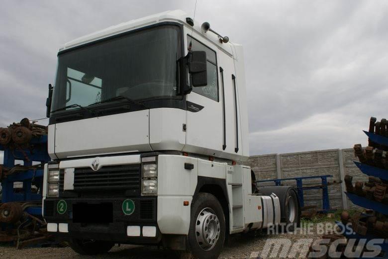 Renault Magnum Cabin
