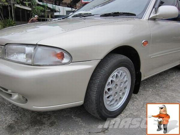 Mitsubishi LANCER GLXi 16 AT 1996