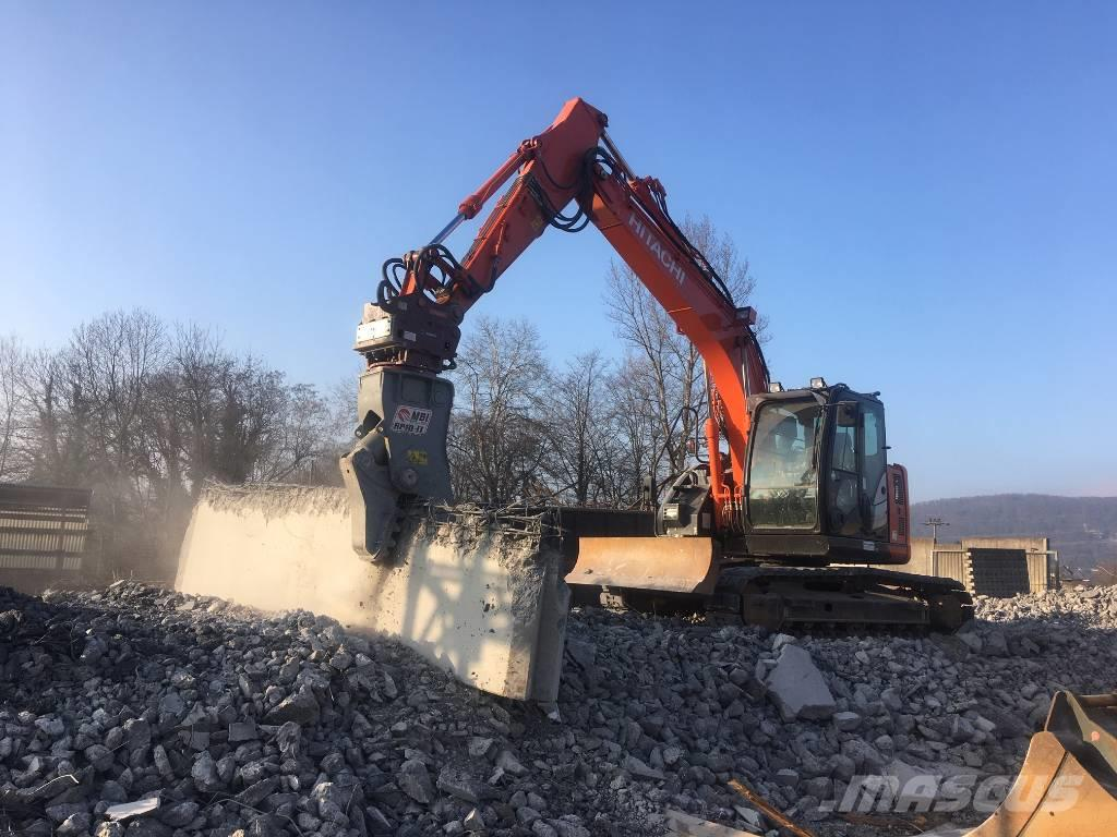 Hitachi ZX 135 US-6