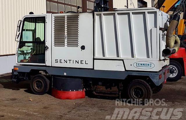 Tennant SENTINEL Kehrmaschine Wet&Dry 97