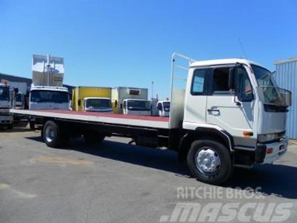 Nissan UD PK240