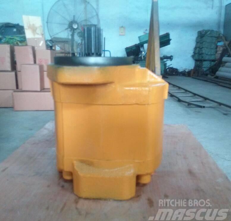 Komatsu Loader WA380-3 pump assy 704-30-32110