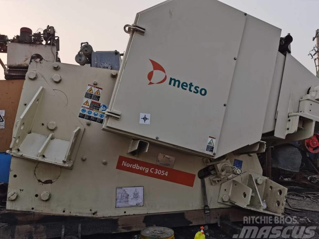 Metso C 3054 Jaw crusher