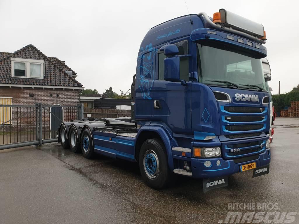 Scania R580 8x2 euro 6