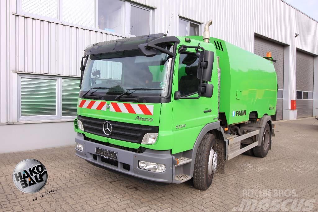 Mercedes-Benz Kehrmaschine Viajet
