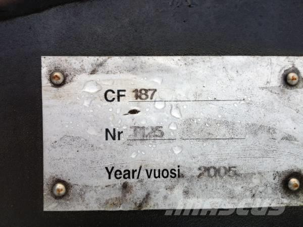 John Deere CF 187 vip