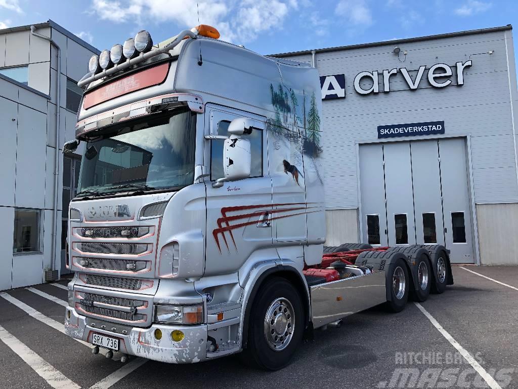 Scania R560 8x4*4 laxolås,kompressor  550 000:-