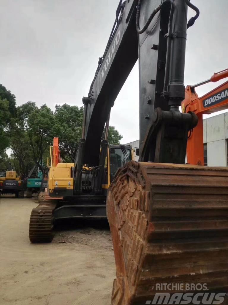 Volvo 460  excavator