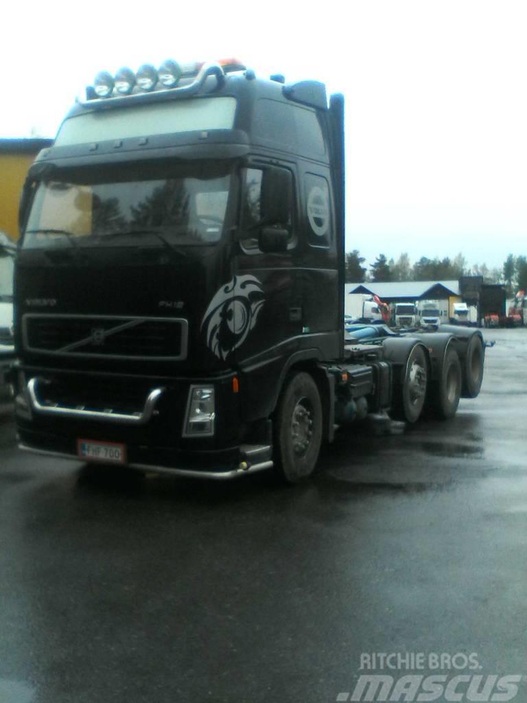 Volvo FH12-8X2