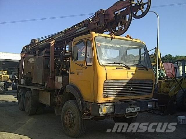 Mercedes-Benz SK 2626 borehole/water