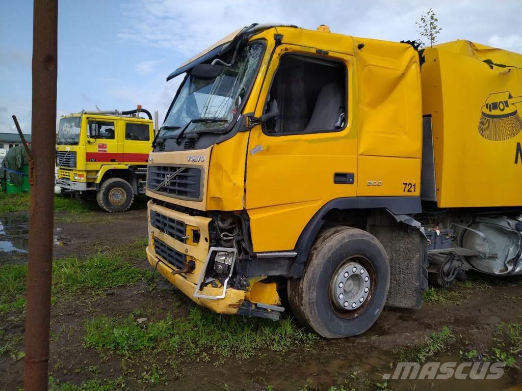 Volvo FM9 300 4X2 FOR PARTS