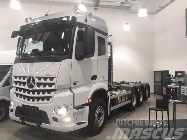 Mercedes-Benz Arocs 3253 L 8X4 Lastväxlare 24 T för omgående lev