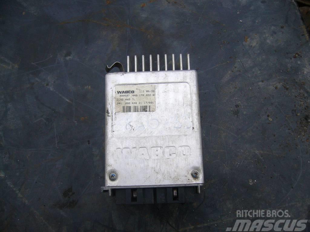 Mercedes-Benz ATEGO 1523 ECAS control unit