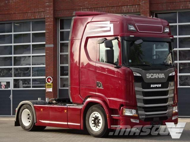 Scania S450 Highline - Night clima - Navi - Buffl interio