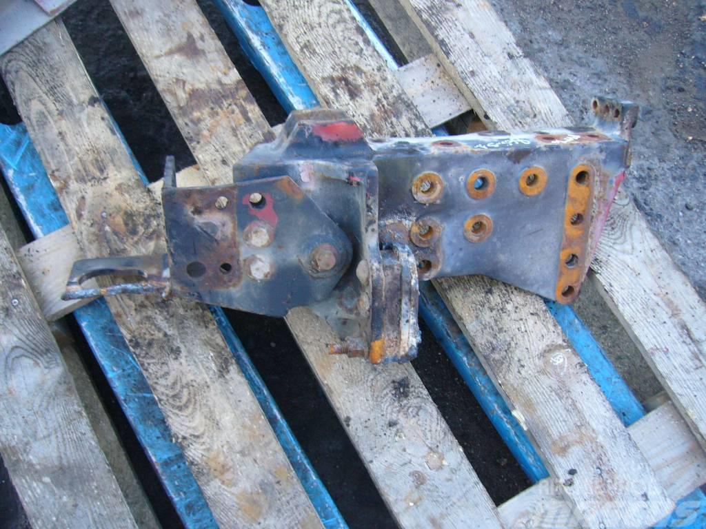 Volvo FH16 front bumper bracket