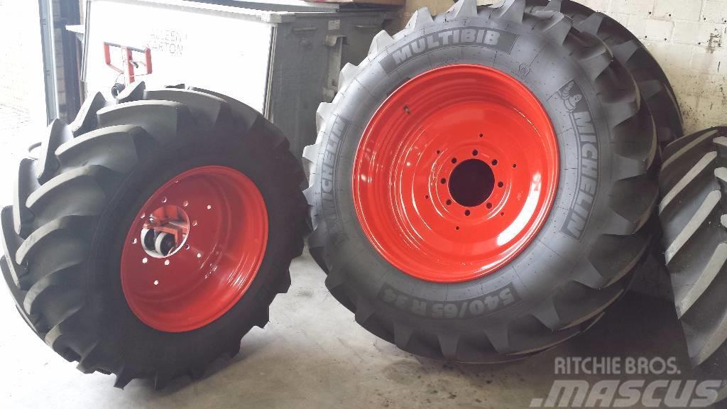 Michelin Multibib 540/65R34 + 440/65R24