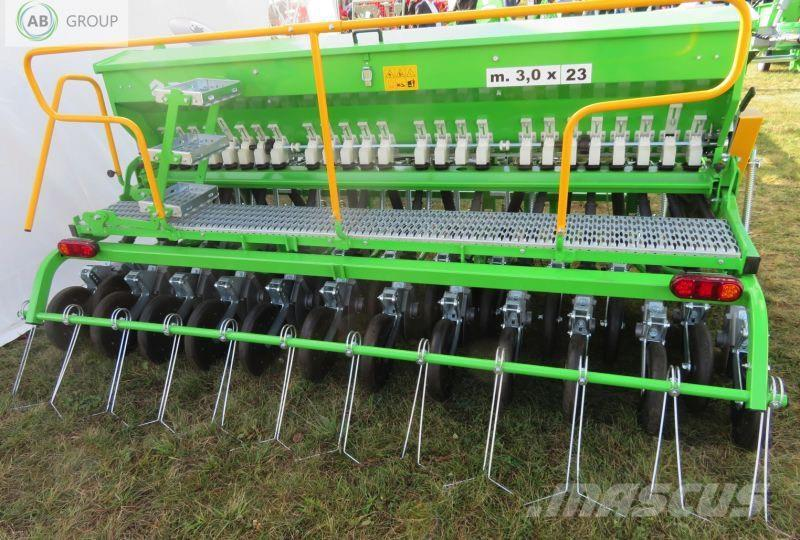 Bomet Seed drill  double disc /Universalsähmaschine 3 m