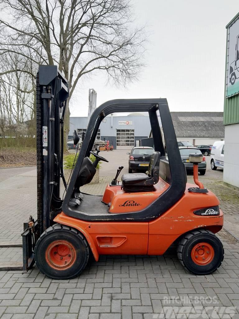 Linde H30D Heftruck