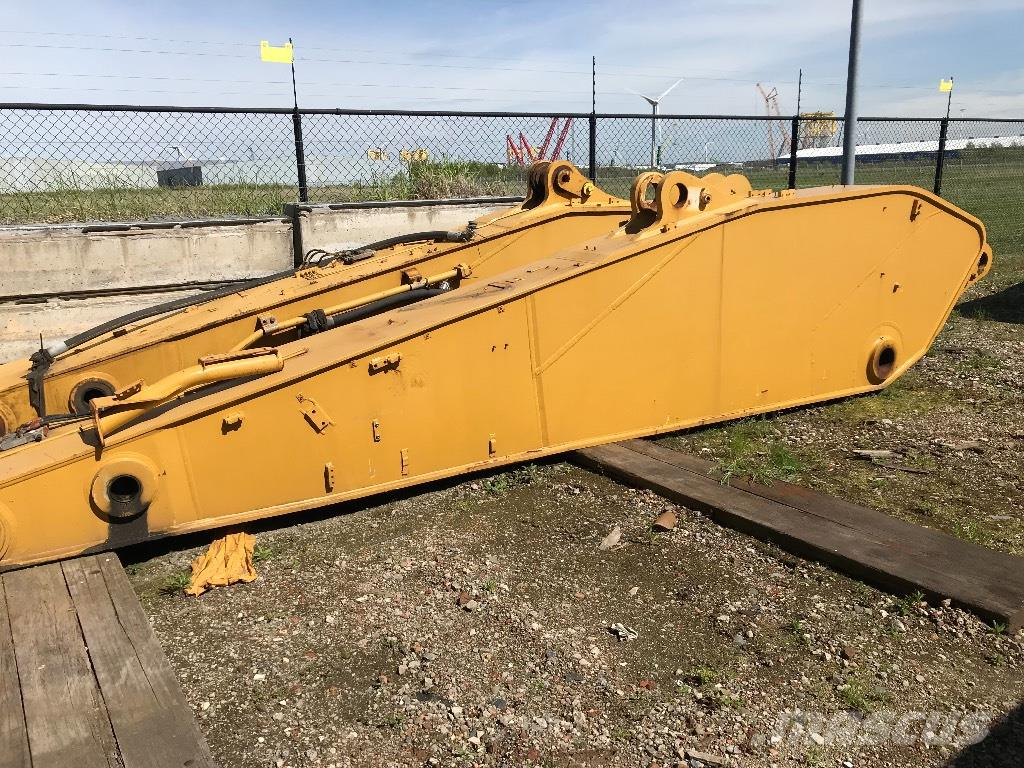 Caterpillar (x2) 5.5 mtr Stick to fit CAT 385