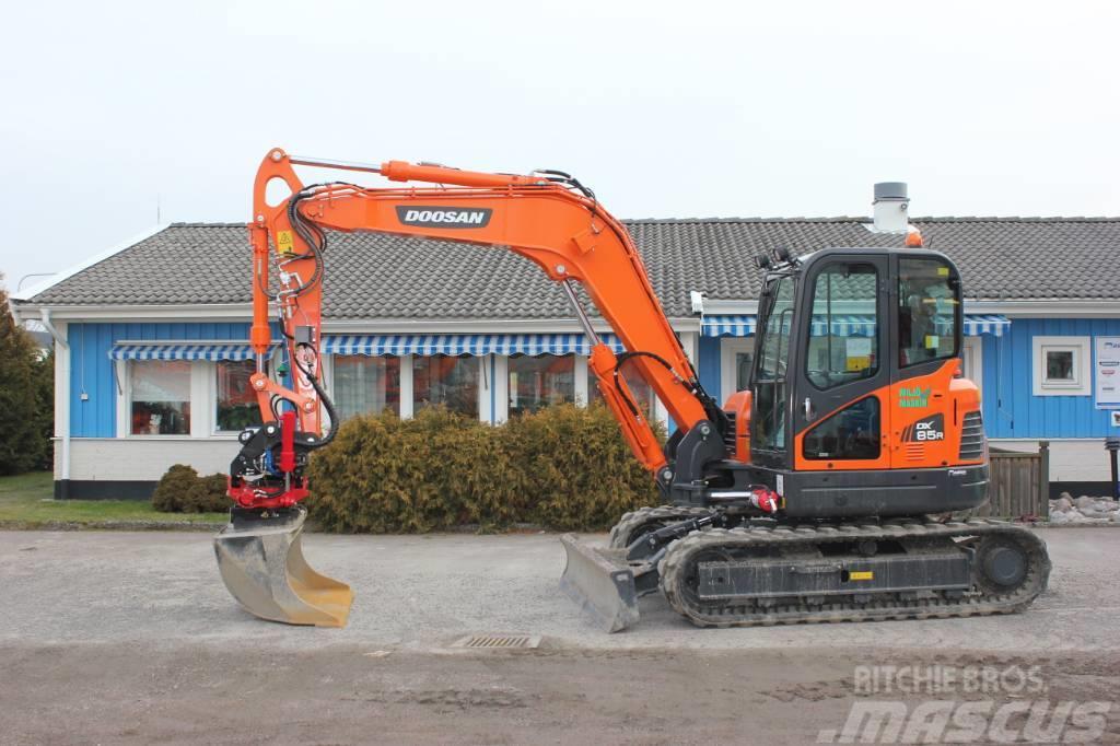 Doosan Midigrävare 9 ton - DOOSAN DX85R-3