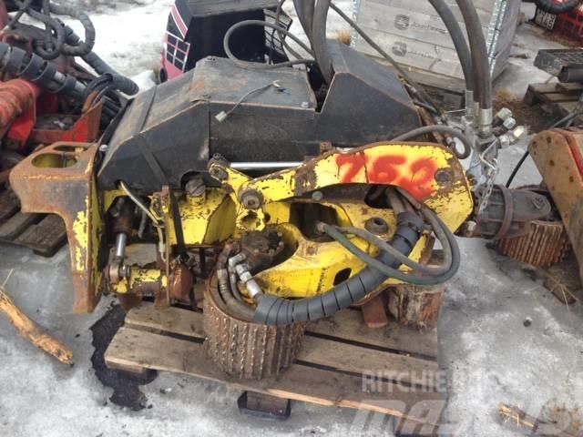 Timberjack 752