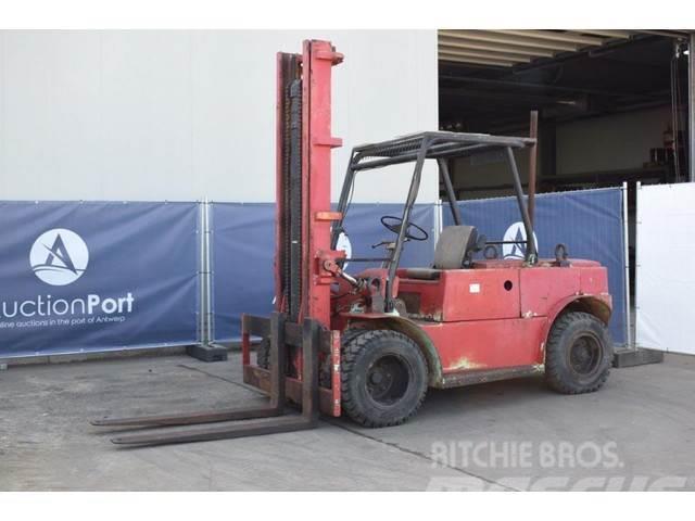 Clark DCY110 6000kg Duplexmast