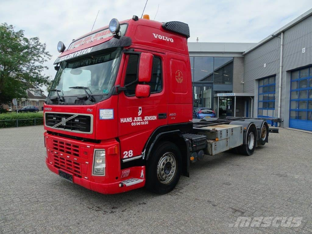 Volvo FM13-440 / GLOBETROTTER / AUTOMATIC / STEERING AXL