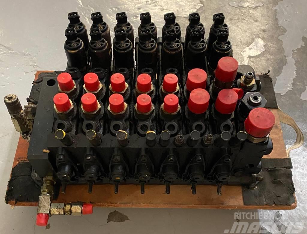 Timberjack / John Deere Distribuidor de Grua Hidráulico 970D/