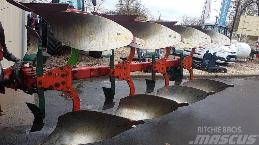 Vogel & Noot XMS 1050 típusú 4 vasú Vario váltvaforgató eke