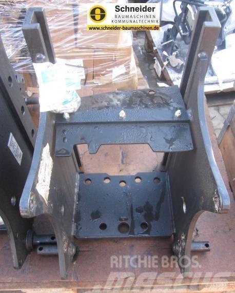 Kubota höhenverstellbarer Anhängebock W23TK00302