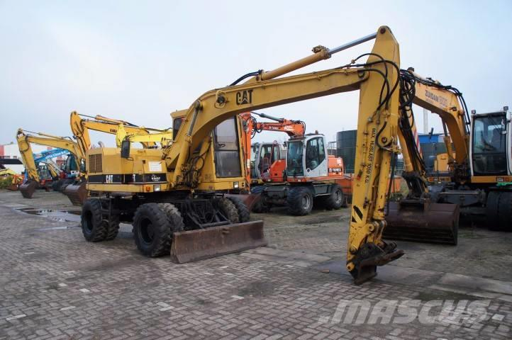 Caterpillar 212 B FT