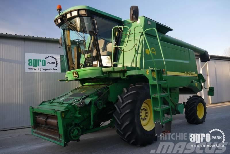 John Deere 9540 WTS (2539/3750 hours), 5 straw walker combine