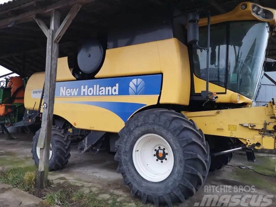 New Holland CSX 7070