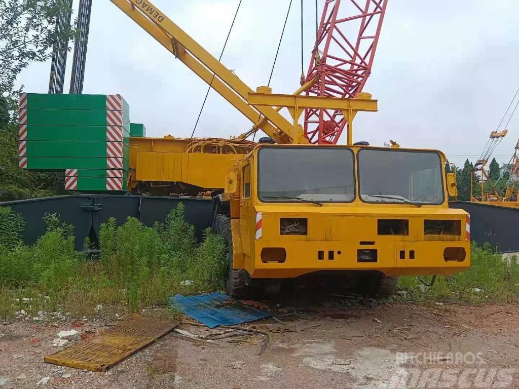 Demag 150 ton Crane