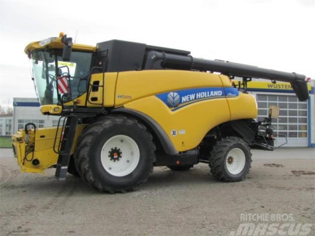 New Holland cr 8080