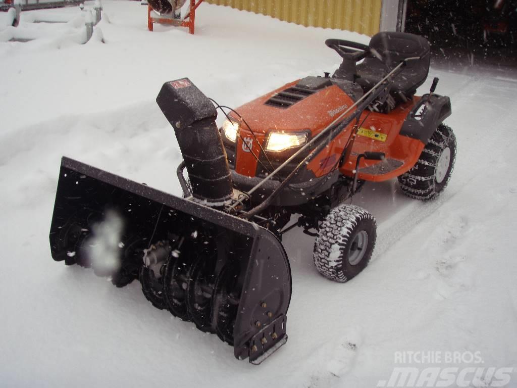 Nya Husqvarna TS 238 med snöslunga Pris: 28 000 kr, Tillverkningsår JB-77