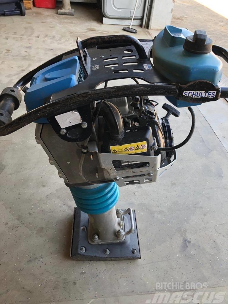 Weber SRV 590