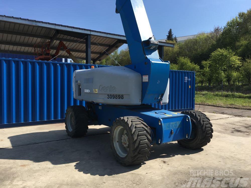 Genie Z 80/60 4x4, 26m articulating boom lift