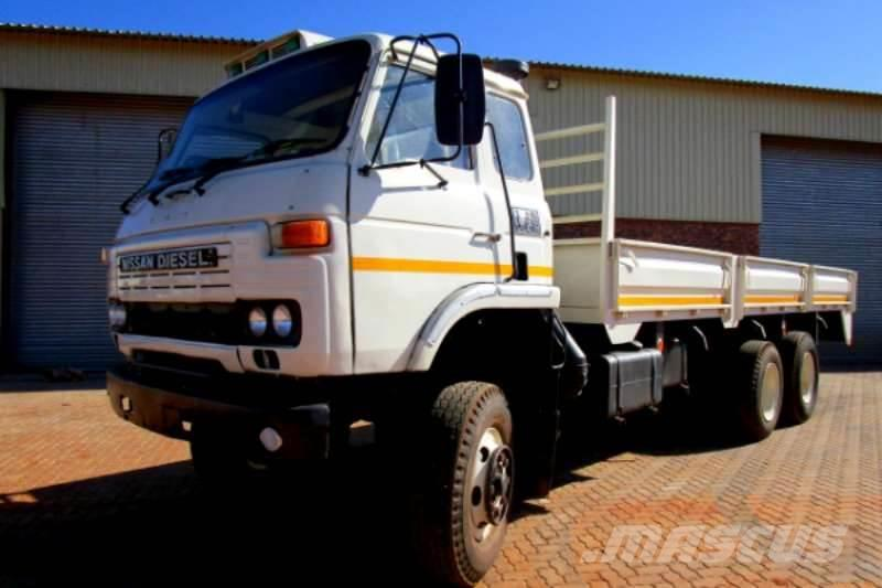 Nissan Dropside 6x4 with Double Diff